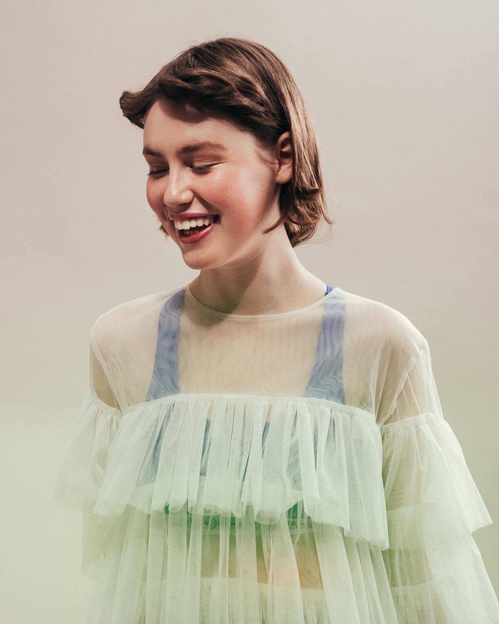 portrait photographer Tim Cole shoots girl in the studio