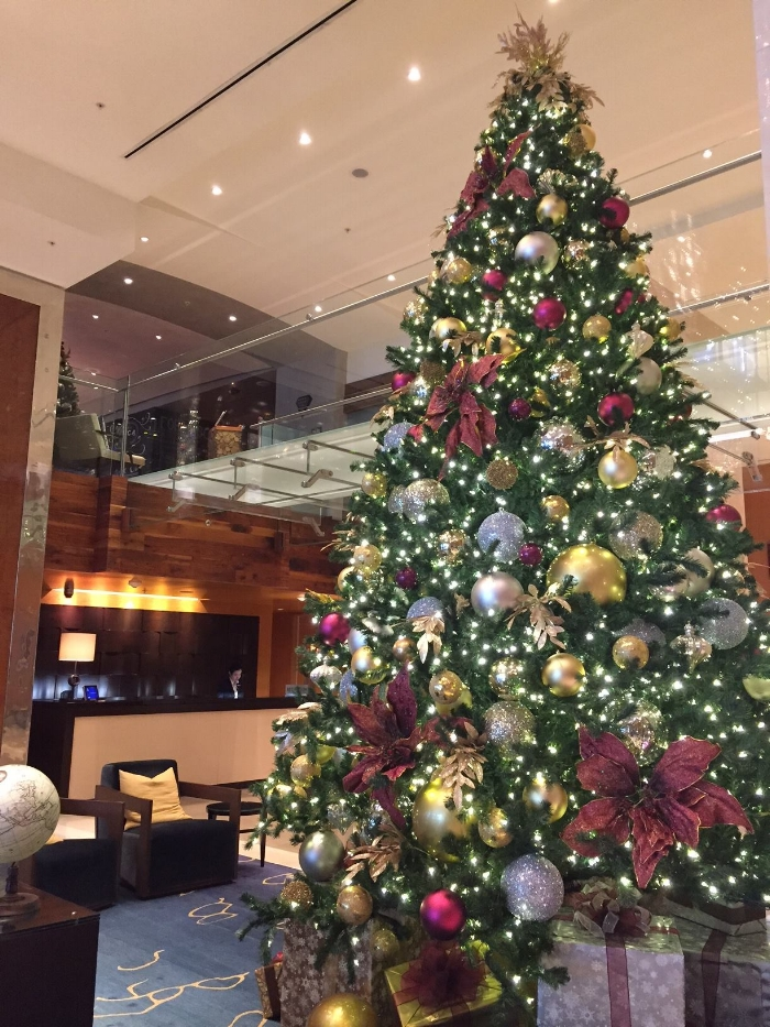 Christmas tree in the hotel lobby