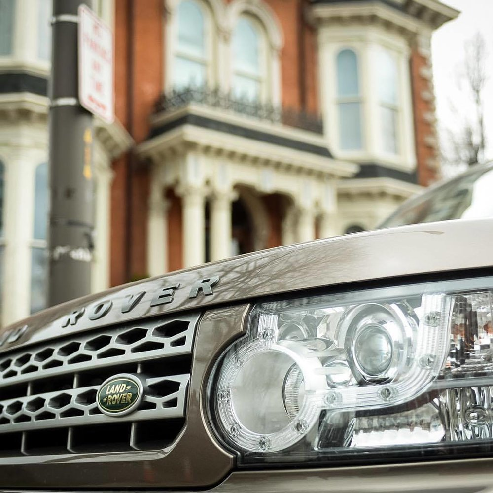 Range Rover Car Service © 2017 Kim Smith Photo