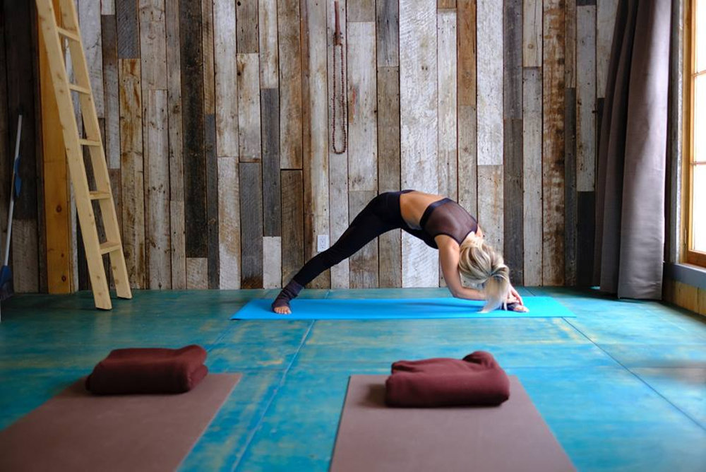 Yoga_exercie_WEB.jpg