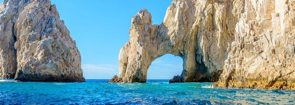 """El Arco """"L'Arche"""" est un emblème de la région et accessible seulement par bateau"""