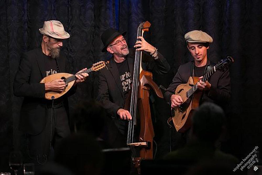 carlo-aonzo-trio-02.jpg
