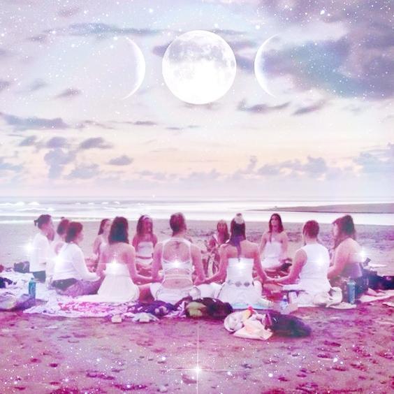 moonwomancircle.jpg