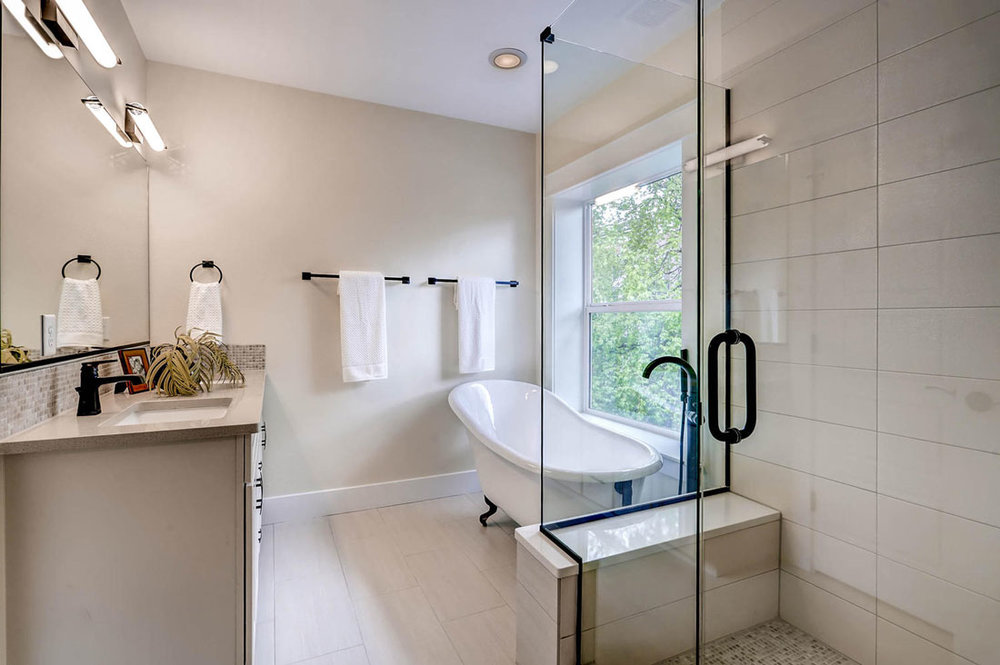 1553-Filmore-St-Denver-CO-large-017-28-2nd-Floor-Master-Bathroom_1100x733.jpg