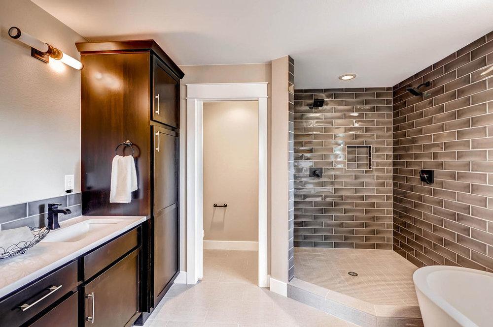1938-S-Gilpin-St-Denver-CO-large-016-16-2nd-Floor-Master-Bathroom_1100x733.jpg