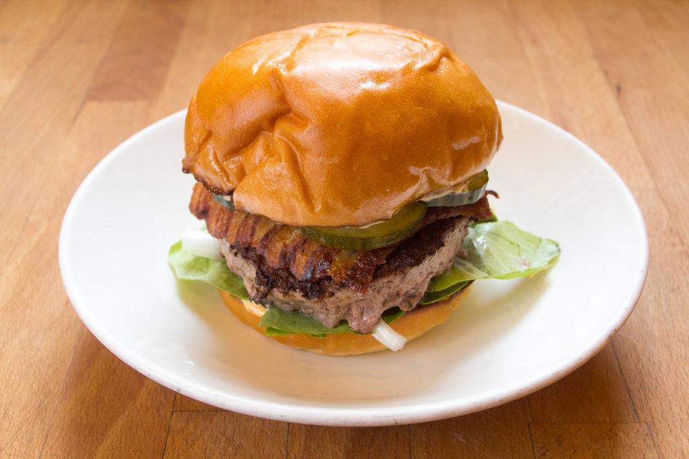 344576_Biwa Hamburger.jpg