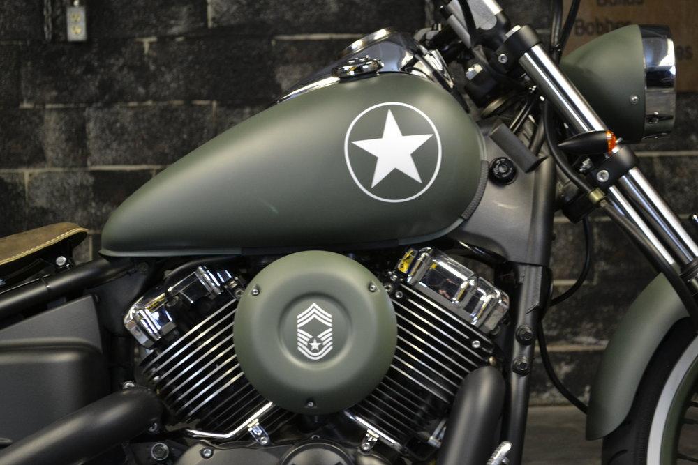 Vstar650 Bobber Olive Drab Army Star.JPG