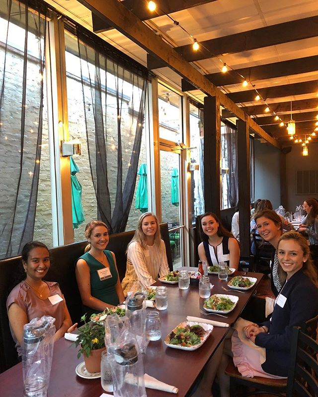 Last night, WBFM had the chance to learn more about FTI Consulting at our Women in Business Forum Dinner. Thanks to all who joined us!