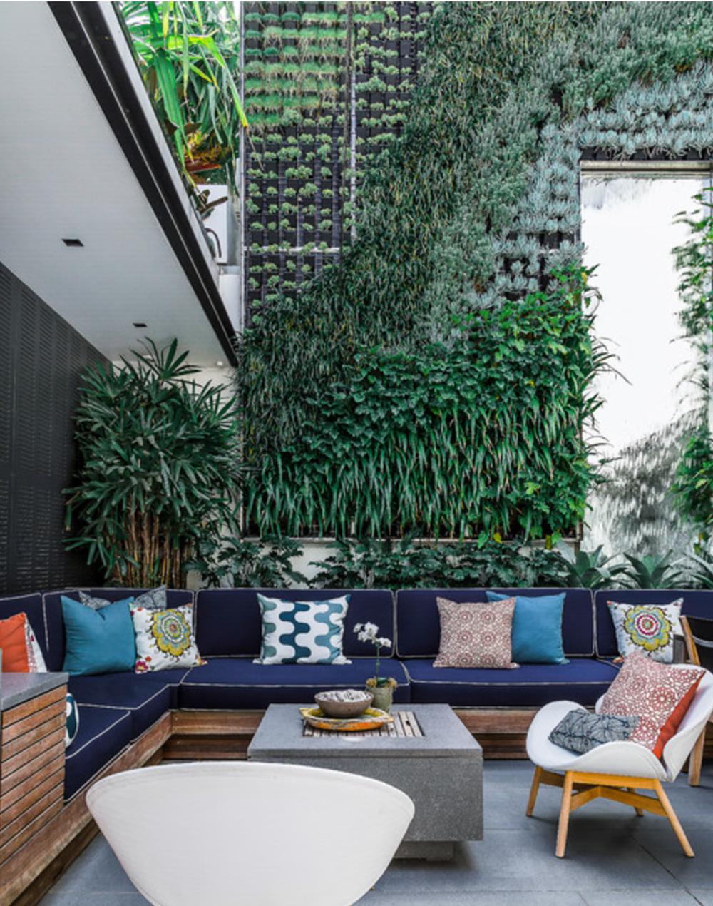 source: https://www.houzz.com/photos/22635991/Rose-Bay-contemporary-patio-sydney