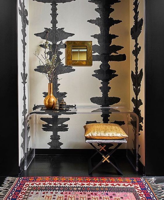 bold-wallpaper-entryway.jpg