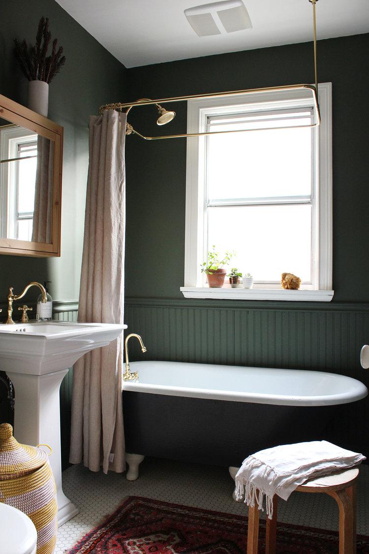green bathroom.jpeg