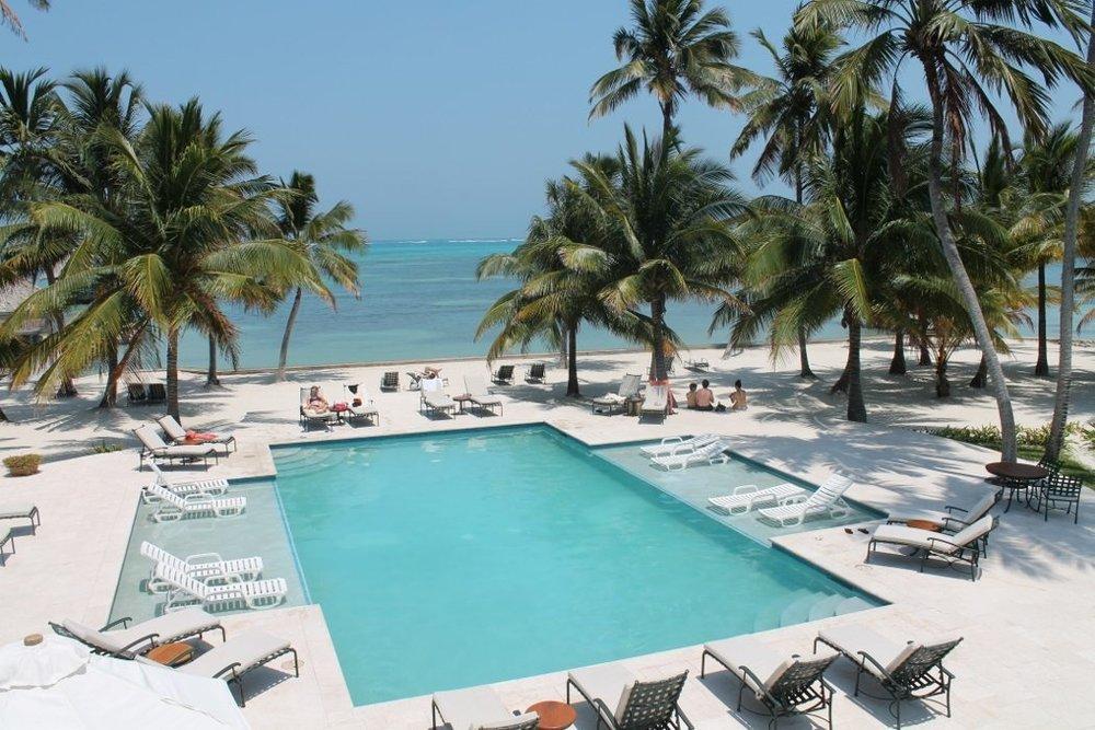Belize-Victoria-House-1050x700.jpg