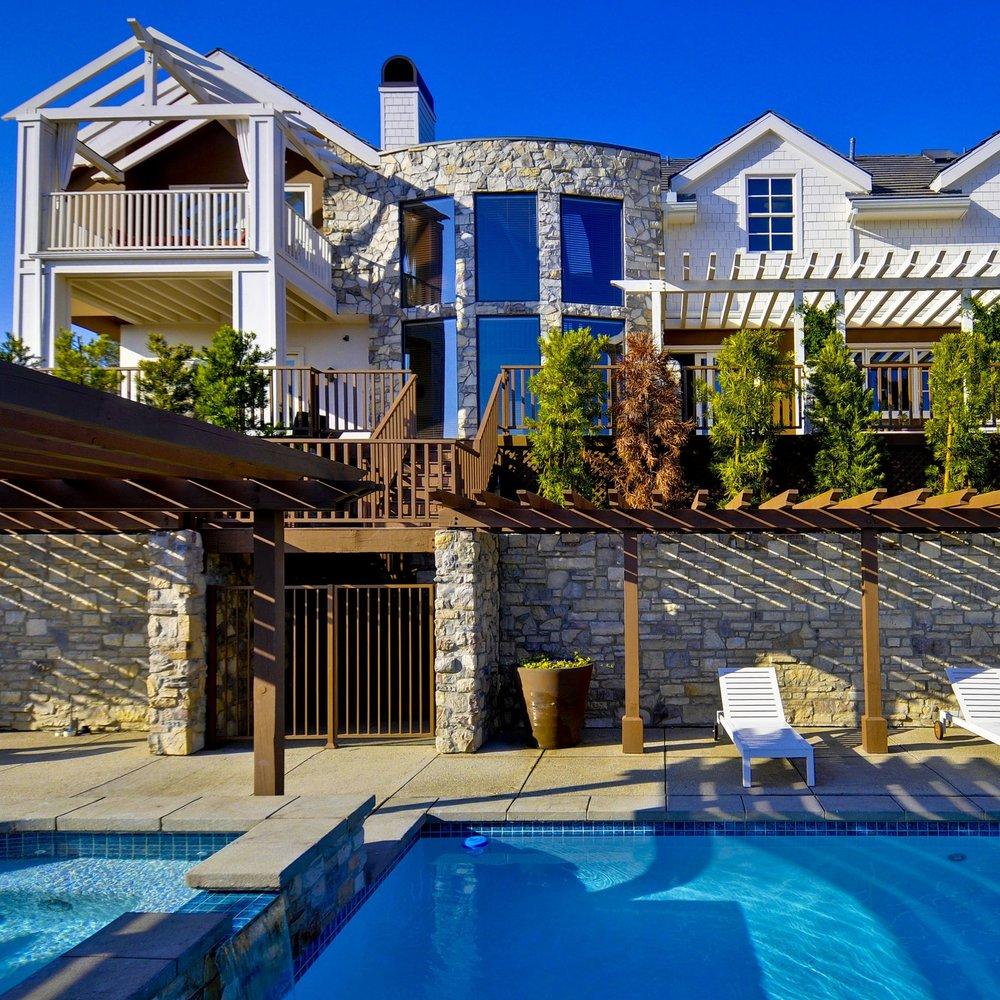 House 6 - Granada Hills, CA