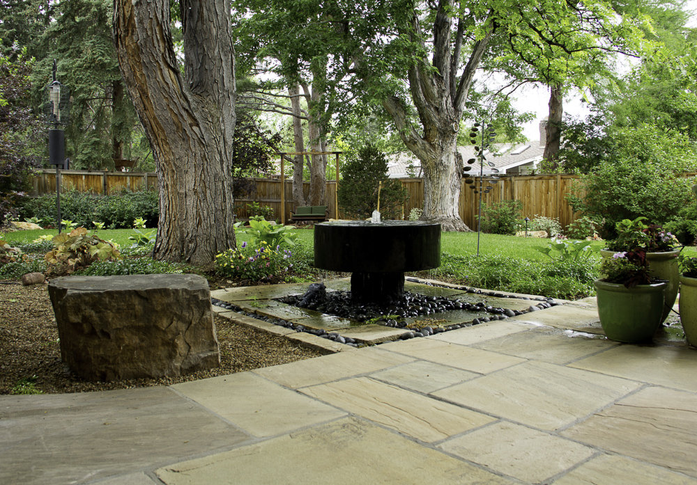 bringing 24 years of design build experience to your landscaping needs