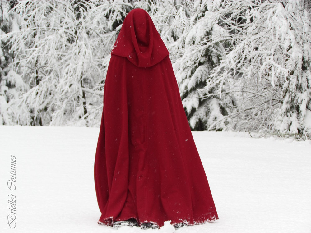 red riding hood snow cape.JPG
