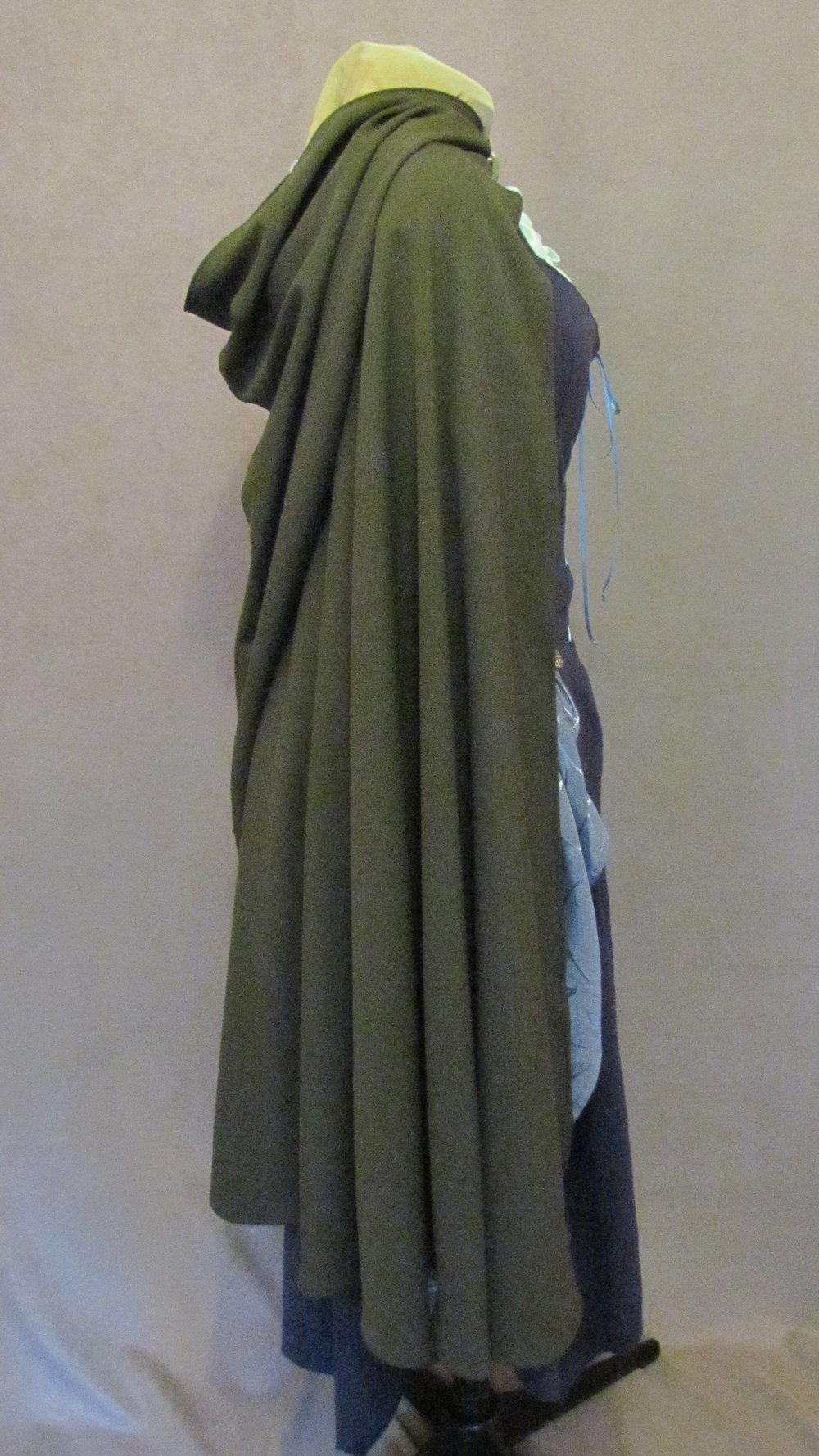 full side of cloak.JPG