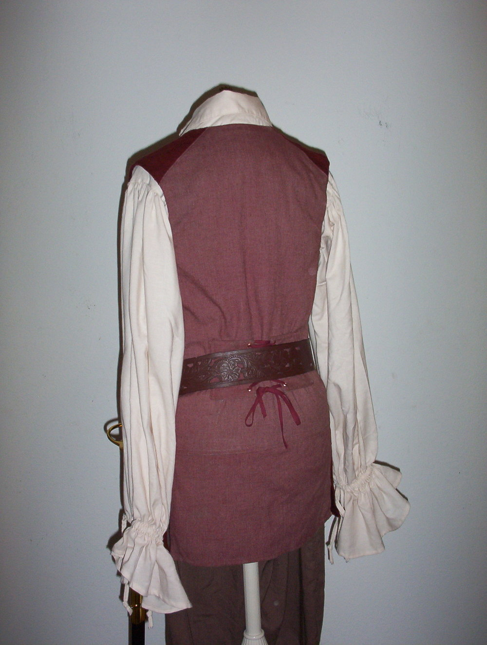 Pirate costume2shiftanddressform 040.jpg