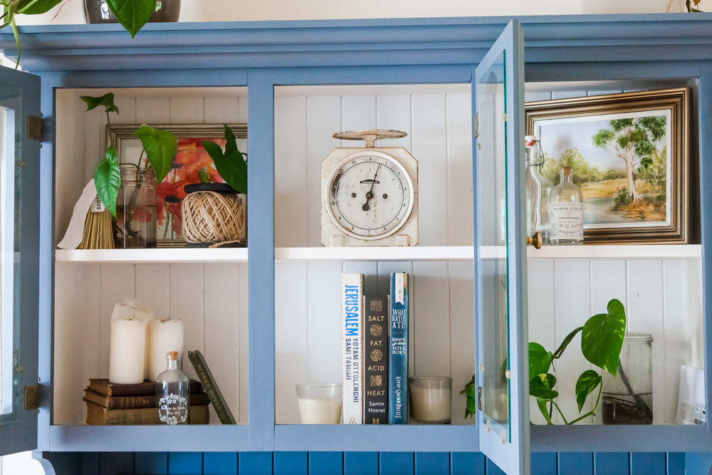 Mid Century Style Kitchen Hutch Makeover | The Whimsical Wife