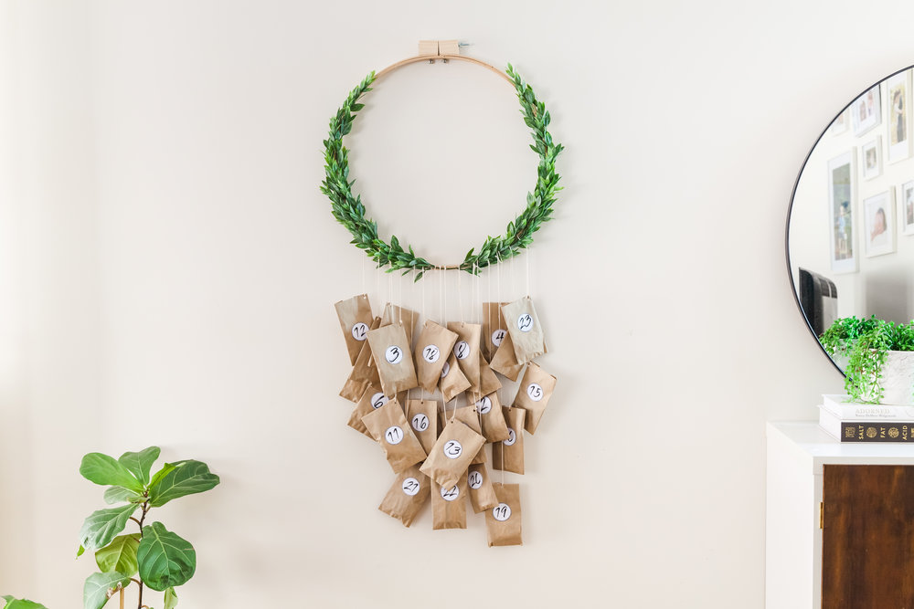 DIY Christmas Advent Wreath + Video | The Whimsical Wife