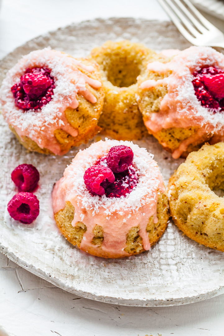 Mini Iced Vovo Bundt Cakes {DF & GF}   The Whimsical Wife
