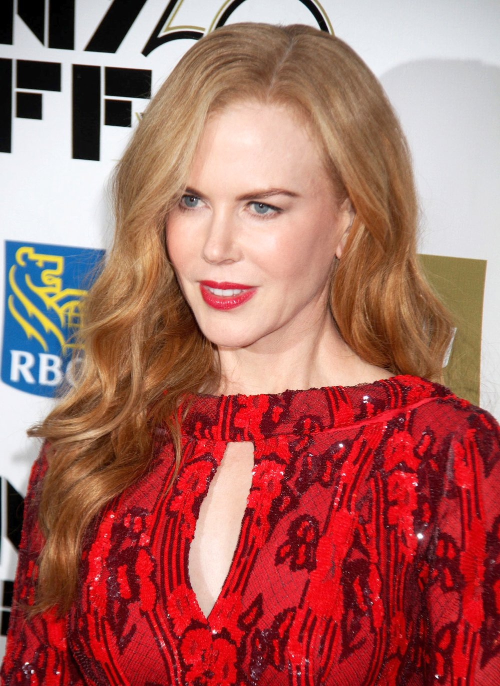 NICOLE-KIDMAN-at-Nicole-Kidman-Gala-Tribute-at-the-50th-Annual-New-York-Film-Festival-3.jpg