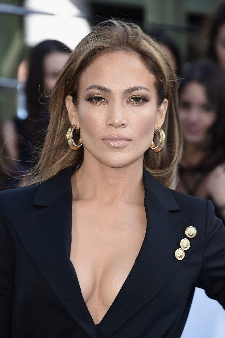 21e5ae9de4b00bc0a655ff8df07dc468e5--mtv-movie-awards-jlo copy.jpg