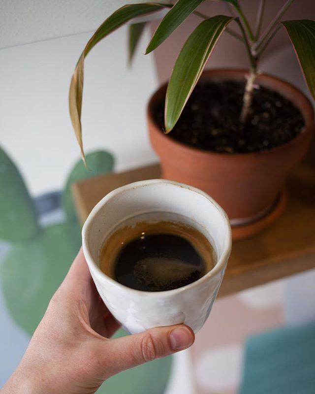Coffeeeeee pleeease ☕️🌱