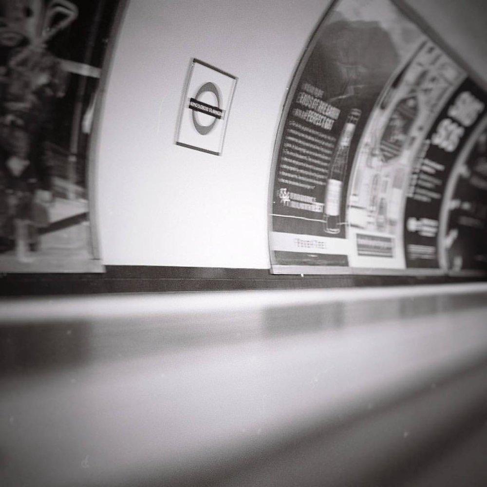 Shot to @ilfordphoto #hp5plus on my #lomo #Lubitel #tlr