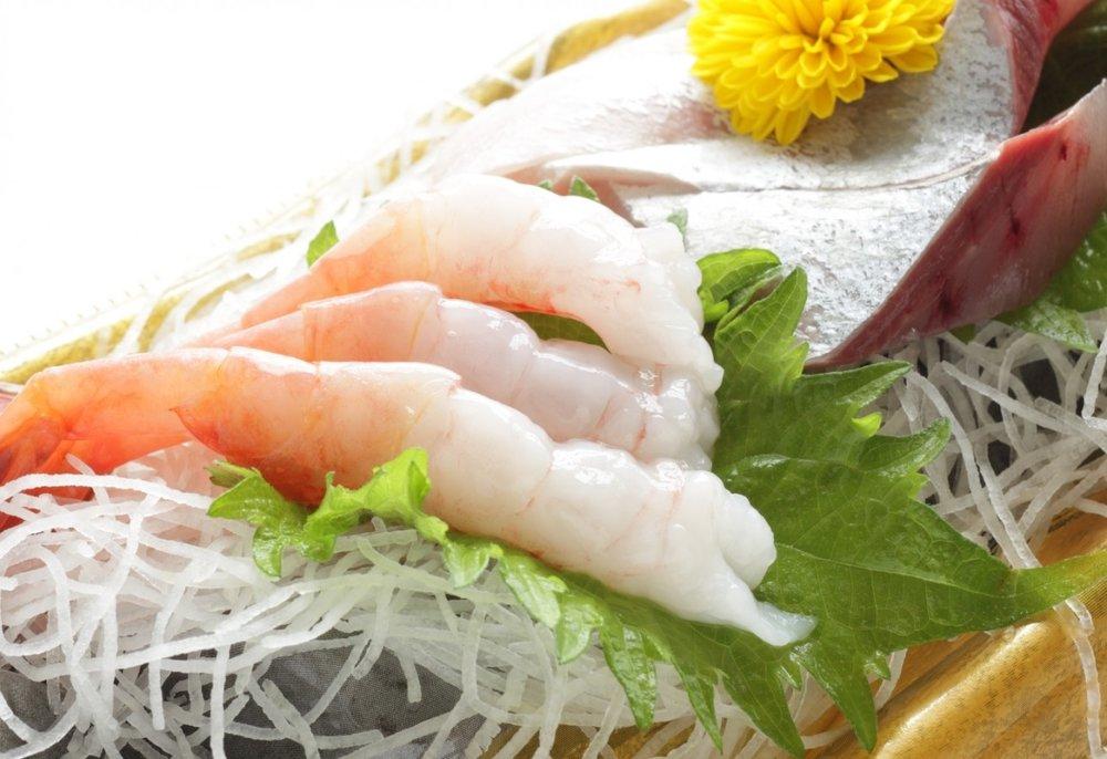 Jaapani köögi mitmed toiduvalmistusviisid, näiteks kala söömine sašimi ehk toorena, on nahale tervislikud.