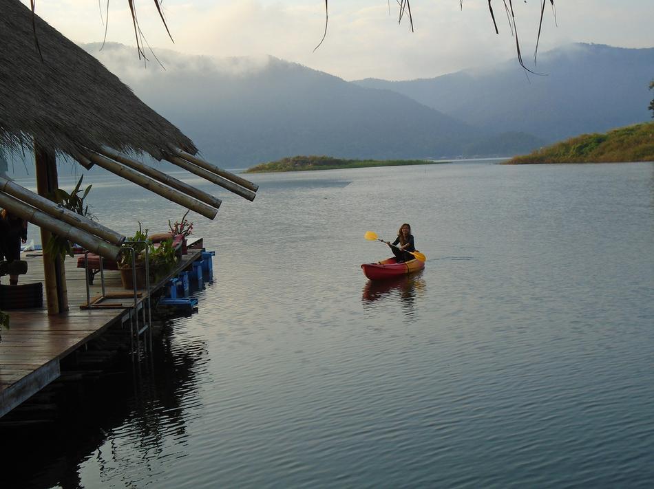 Mae Ngat Dam1.jpg