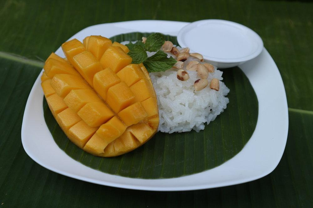 Sweet-Sticky-Rice-with-Mango.jpg