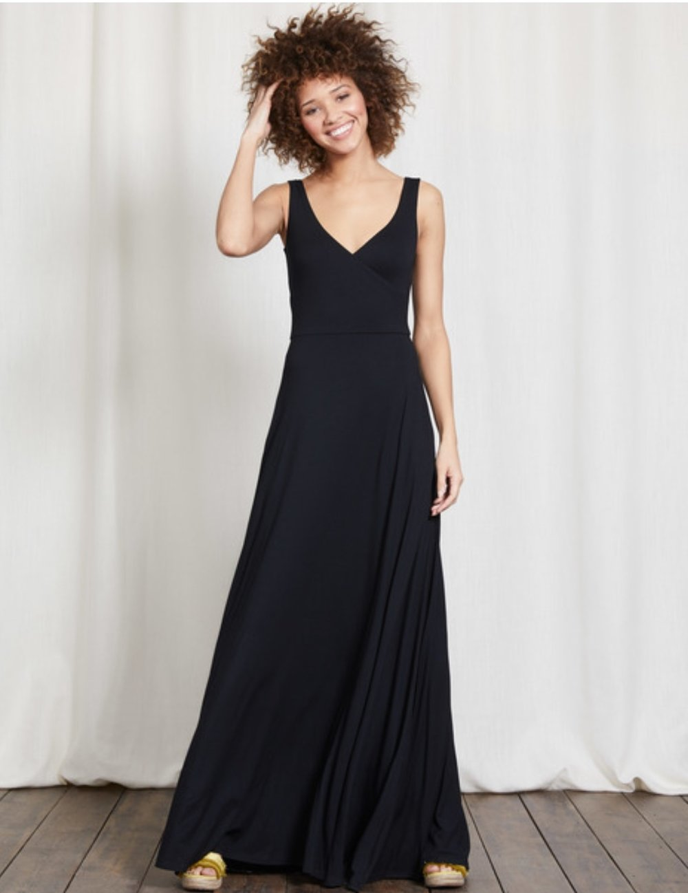 Love this another dress you could drag out anytime.