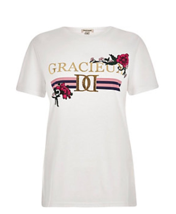 Very similar look to the Gucci T-shirt, but it is a lot cheaper.