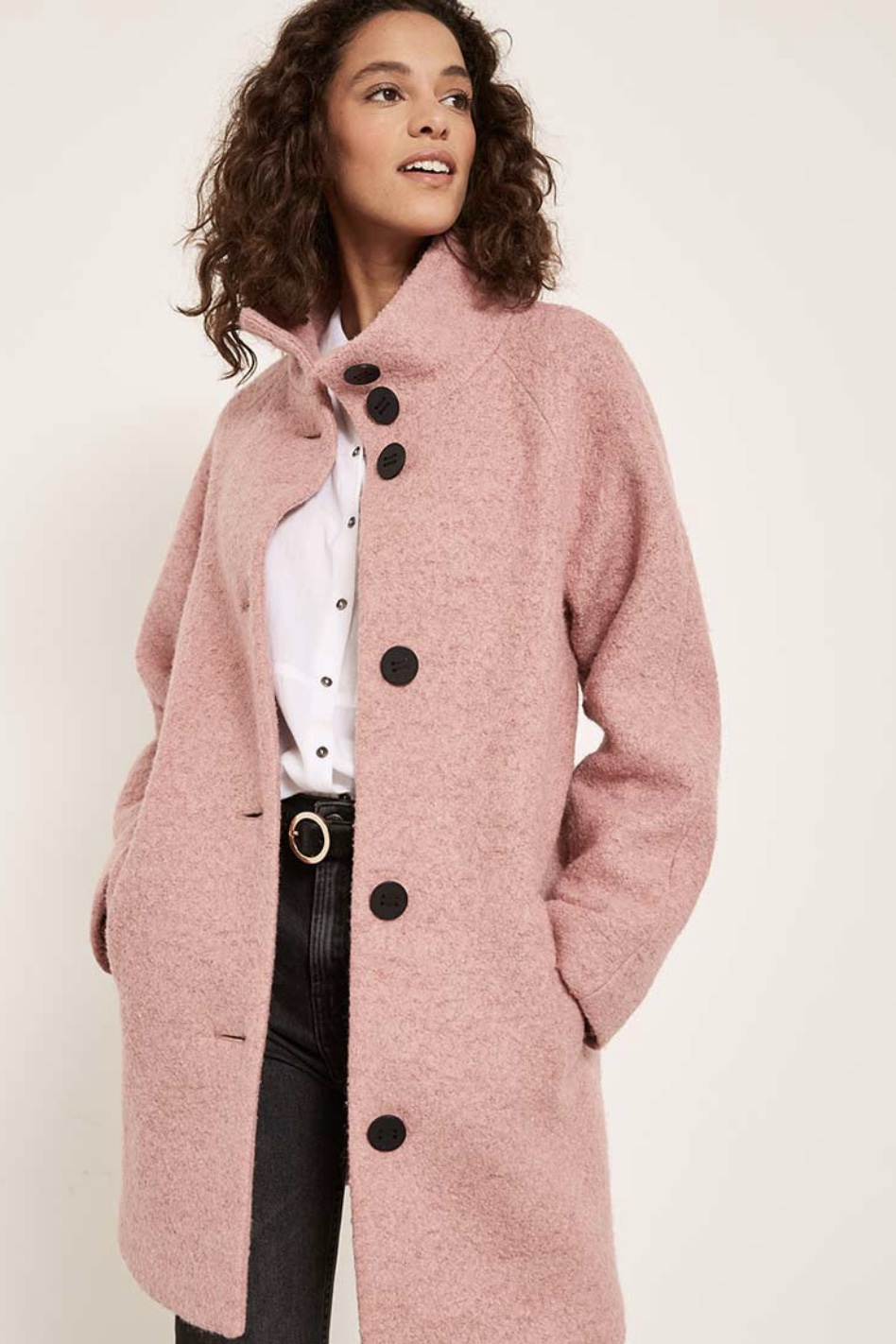 ^ Then there's the thiner coat, really good when you're just nipping out in the car or going to work and back again, without having to get your coat off and on, off and on!! Will see you through Spring.