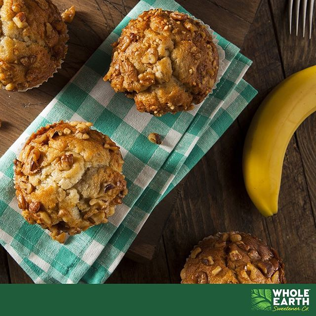 Delicious and Easy banana muffins made using Whole Earth Baking Blend. Recipe by dietitian Susie Burrell: https://www.wholeearthsweetener.com.au/recipes/susie-burrells-banana-muffins  #wholeearthsweetener #wholeearth #sweetener #stevia #sugarfree #bananamuffins #muffin #foodie #delicious #baking