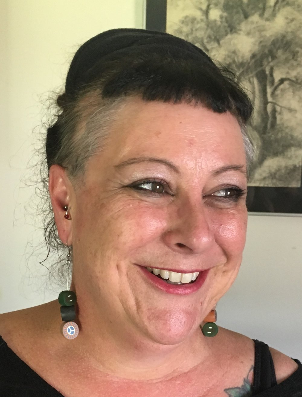 Lindi Dietzel  is of Yorta Yorta (VIC) heritage and was born on the Mornington Peninsula. She is committed to support, advocacy, health and education for Aboriginal people and uses art as therapeutic expression and a way to connect to culture.