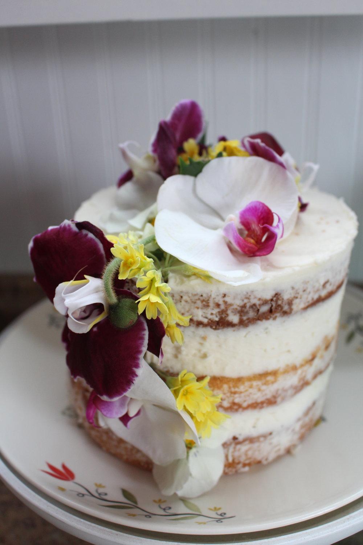 AMAZING cake made by Dalanna Haldeman.
