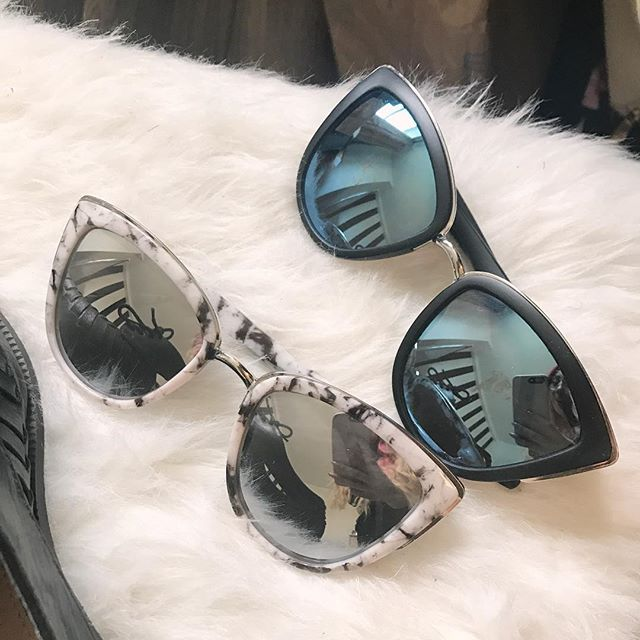 Start your week off with a pair of Fantaseyes sunnies! Shop style 'Zoe' pictured above.  Fantas-eyes.com . . . . . . . . . #fantaseyes#sunglasses#sunnies#shades#lenses#mirror#mirroredlens#accessorize#style#stylewatch#whattowear#sunglass#sunglassspot#cateye#round#eyewear#fashion#sunglassretro#sunglassesneeded#sunglassesinside#sunglassess#sunglassselfie