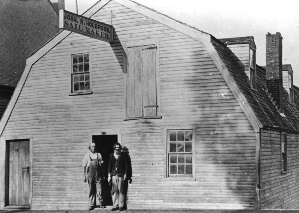 HUMBLE BEGINNINGS& HOSPITALITY  - The land that 314 Court Street is situated on was purchased from Thomas Pierce in 1822 by John Holbrook. As a sailmaker, John conducted business at his waterfront shop downtown. Upon his death in 1883, John left the house to his wife Sarah, who sold the property in 1902. Throughout the 1900's the land switched hands multiple times and became a bed and breakfast in the early 1980's. The Sailmaker's House was established in 2017 and is proud to continue in the tradition of the last 30 years. We hope to preserve the historic feel of the building while adding our own modern twist.Photograph Courtesy of Strawbery Banke Museum