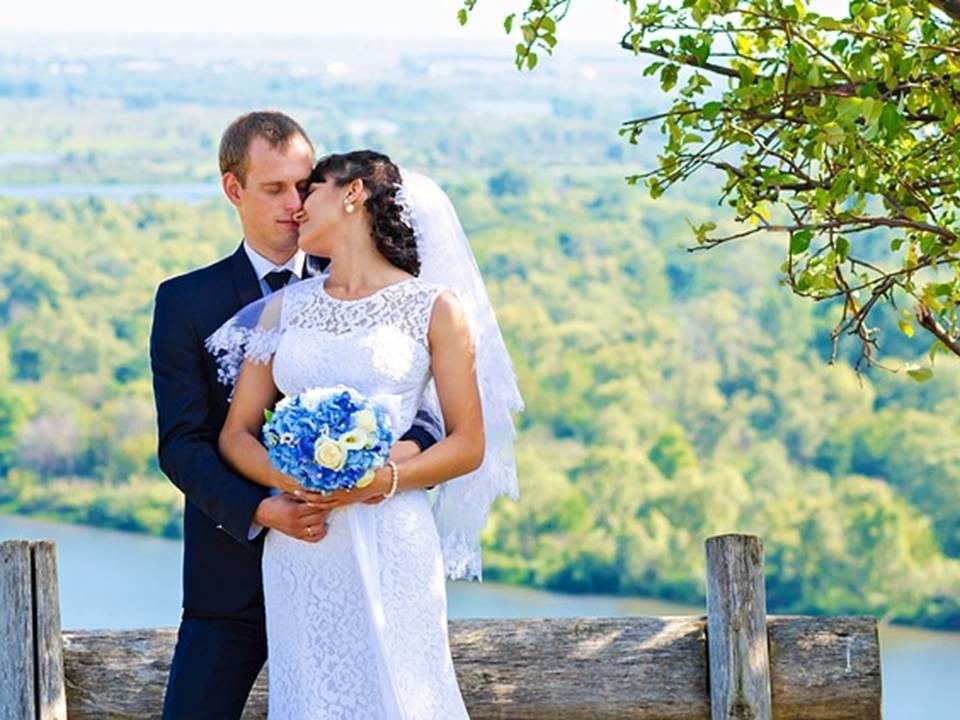newlyweds1.jpg