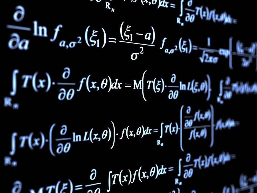 1024px-Pure-mathematics-formulæ-blackboard.jpg