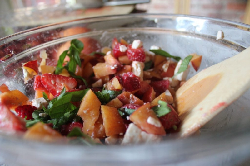 Nectarine, Strawberry, & Feta Salad_9
