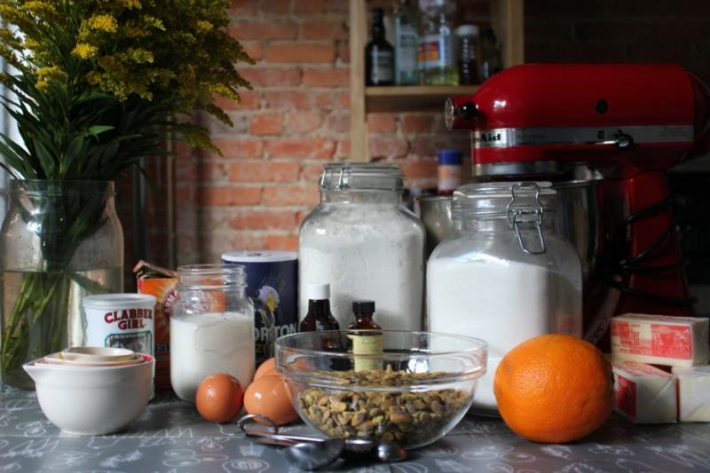 Pistachio Cake + Almond Orange Buttercream_2