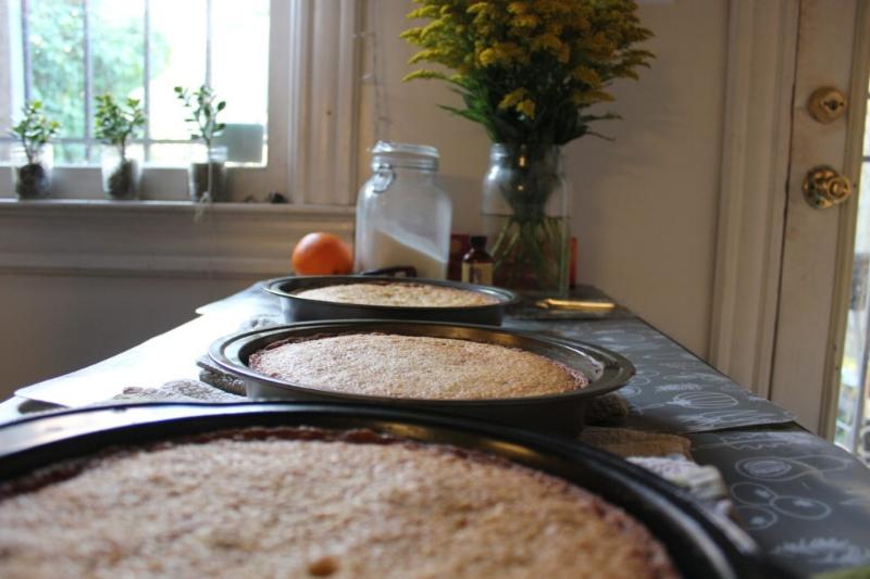 Pistachio Cake + Almond Orange Buttercream_10