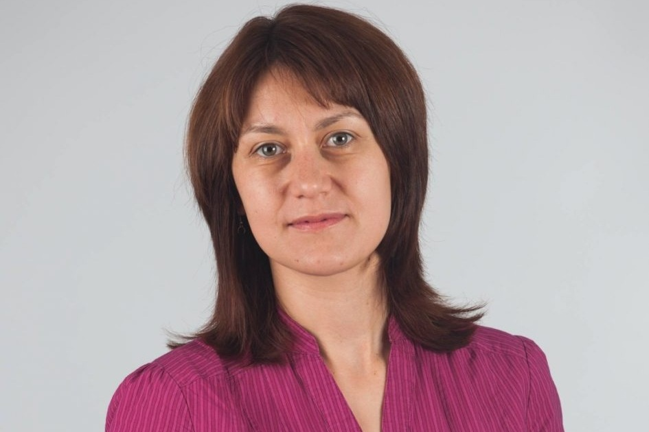 Zornitsa Nikolova - Zornitsa is a co-founder and managing partner of Leanify Ltd. – a company focused on Lean and Agile training, mentoring, and coaching. Zornitsa has an extensive experience in software product development both in large enterprises and at startups. An extended board member of ISPMA e.v.
