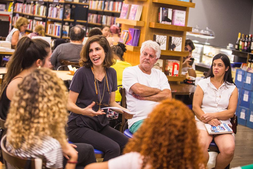 Leitoras convidadas: Karina Lisboa e Ligia Fontes