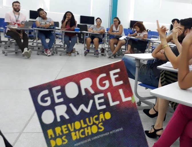 """""""A Revolução dos Bichos"""", de George Orwell"""