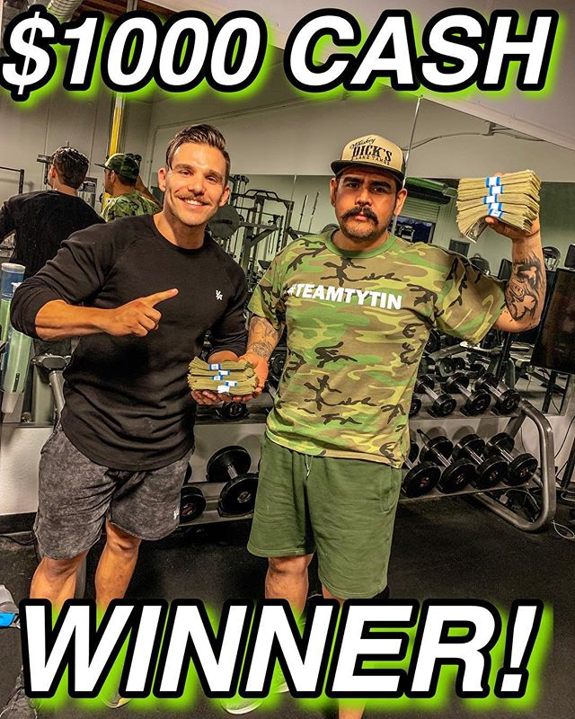 HERE HE IS!! @chopperdad7 was on of our contestants in the New Year New You $1000 cash prize Challenge! Rudy with the help of Derek @dinosmash WON our 60 day challenge! Here were his results!⤵️ •• 30.2lbs LOST 5.3% Body fat LOST •• ALL IN JUST 60 days!!! This was not an easy feat what so ever. Rudy did not CHEAT a single time on his plan over the course of the 60 days. NEVER missed a workout. Even after long days of work, taking care of his kids and feeling under the weather, he STILL hit the gym and didn't miss a beat.  Our 60 day challenges WONT change your life unless you can whole heartedly commit to not slipping up for 60 days. This is a mental battle as much as it is a physical challenge!  Stay tuned for our next one!  #azaw #tytinfitness #weightloss #transformation #challenge #teamtytin #60day #workout #fitness #fit #muscle #sweat #exercise #cash #money