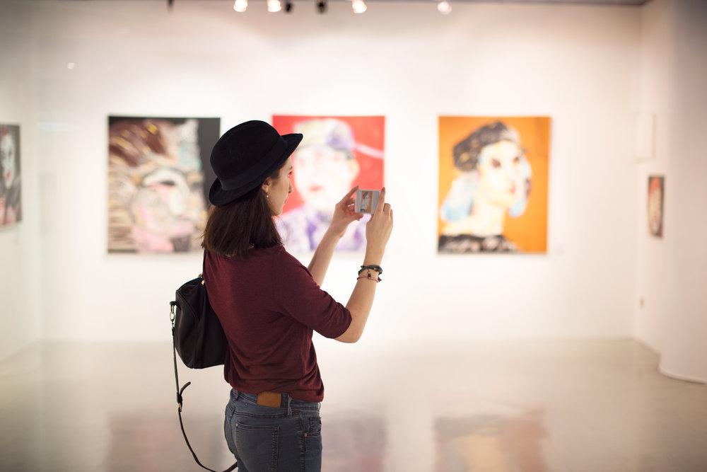 ARTS +CULTURE -