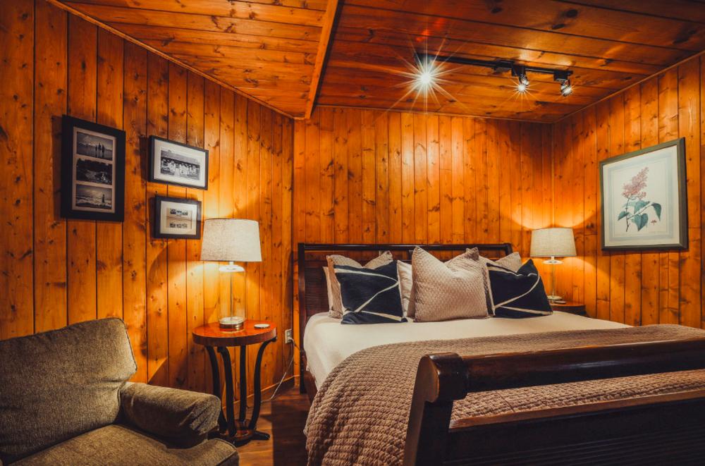 Room 3, The Inn at Arch Cape near Cannon Beach